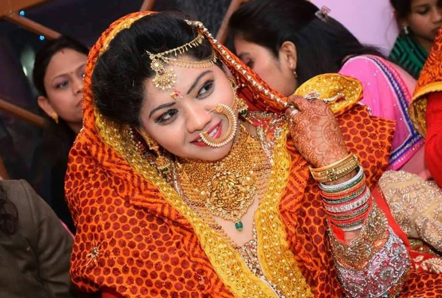 pichhaura a traditional attire of uttarakhand   himalayan